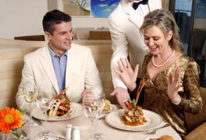 Un souper romantique à plusieurs plats peut facilement causer des troubles du sommeil