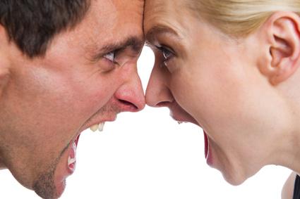 La peur des conflits favorise le burn-out. Se crier dessus permet de renouveler l'air et de montrer ses vrais sentiments.